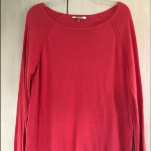 DKNYC pink pullover sweater with chiffon hem